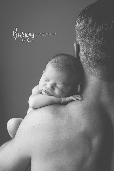 Newborn Photography with Dad | Newborn Girl | with Daddy | LiveJoy Photography