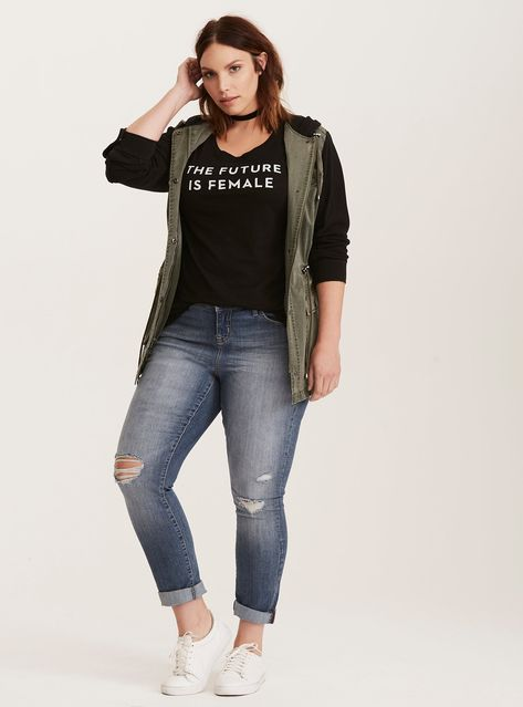Cute Outfits For Plus Size Women. Graceful Plus Size Fashion Outfit Dresses for Everyday Ideas And Inspiration. Plus Size Refashion.