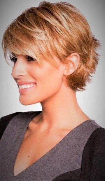 99 Inspirational Short Layered Haircuts 2020 In 2020 Short Hair Styles Short Hair With Layers Short Layered Haircuts