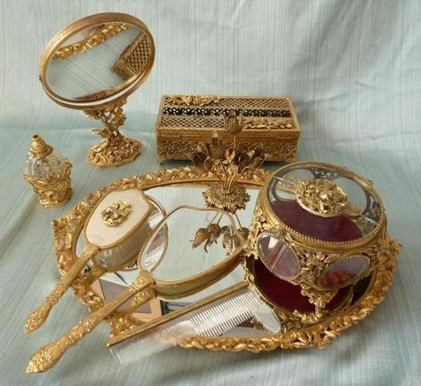 Dogwood Bird Gold Plated Gilt Ormolu 9 Dresser Vanity Set Vintage Mirror Tray Oval Hand And Sets