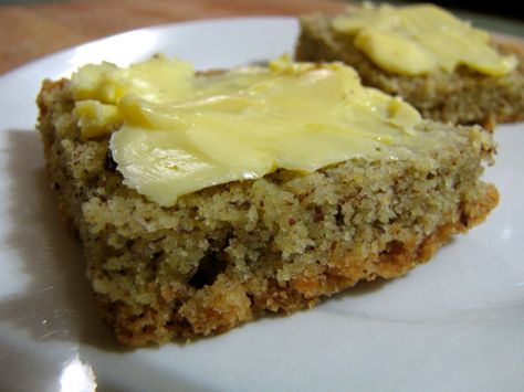 Grain-Free Almond Bread - eggs, ACV, coconut oil, almond flour, flax seed meal, sea salt, baking soda