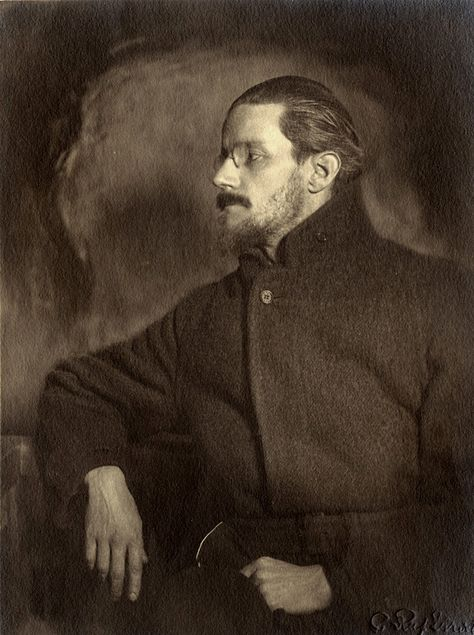 Top quotes by James Joyce-https://s-media-cache-ak0.pinimg.com/474x/82/1a/a0/821aa0a3e7cc30886b05e8b427ca7e3a.jpg