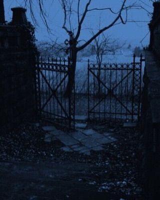 41+ Gothic scene info