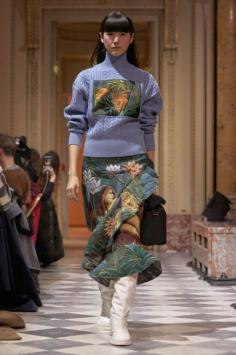 38136c388 The complete Kenzo La Collection Memento Fall 2018 Ready-to-Wear fashion  show now on Vogue Runway.