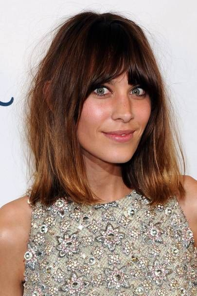 How To Style Side Swept Bangs Like 30 Of The Chicest Celebrities I Am Co Alexa Chung Hair Alexa Chung Haircut Bangs With Medium Hair
