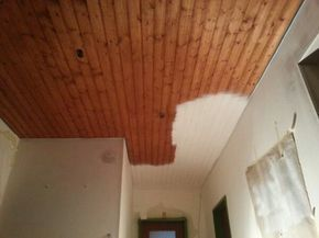 Fruher War Es Oftmals Trend Holz Decken Einzusetzen Diese Meist Dunklen Decken Drucken Ziemlich Sta Holzdecke Weiss Holzdecken Holzdecke