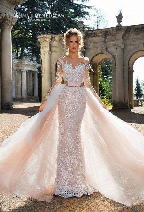 c1b9ec220da Файона со съемным шлейфом в 2019 г.   Кружево   Свадебные платья, Платья и  Кружевное свадебное платье