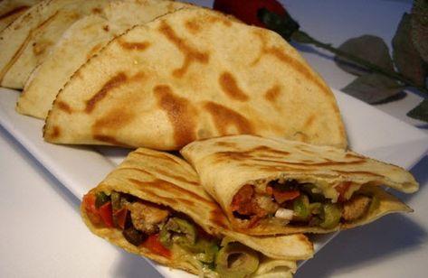 Pains arabes farcis - Choumicha - Cuisine Marocaine Choumicha , Recettes marocaines de Choumicha - شهوات مع شميشة