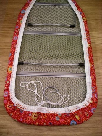 Ironing Board Cover ~~ Tutorial Wow, I need this! I need to make one for an apartment-size ironing board I have in my craft room (one that sits on a table). Sewing Patterns Free, Free Sewing, Sewing Hacks, Sewing Tutorials, Sewing Tips, Sewing Ideas, Sewing Basics, Fabric Crafts, Sewing Crafts