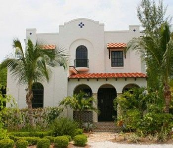 Palm Trees Flank This Spanish Colonial Revival Historic Spanish Colonial Homes Spanish Style Homes Spanish Revival Home
