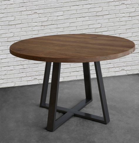 Round Farmhouse Table Dining Table In Reclaimed Wood And Steel Legs In Your Choice Of Color Size And Finish Mesas De Comedor Mesas Redondas De Madera Mesas De