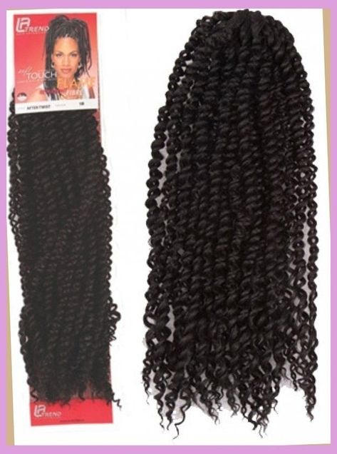 All styles of box braids to sublimate her hair afro On long box braids, everything is allowed! For fans of all kinds of buns, Afro braids in XXL bun bun work as well as the low glamorous bun Zoe Kravitz.
