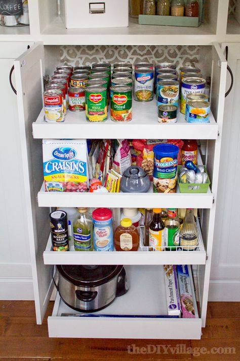 DIY Custom Pantry Makeover by theDIYvillage.com - I need these pull out drawers!