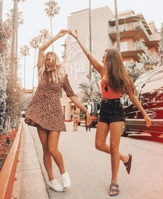 Lastminutestylist Cute Teenager Outfits Photos Tumblr Style Makeup Funny Friend Photoshoot Best Friend Photoshoot Cute Friend Pictures
