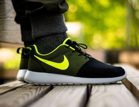 finest selection 8b3d0 decf7 Nike Roshe Run iD
