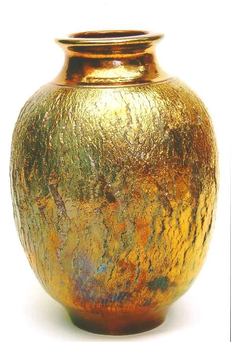 Made by Michael Wein for Taiwan Exibition 60 cm Copper glaze fired in raku to 1100 Raku Pottery, Pottery Sculpture, Pottery Art, Earthenware, Stoneware, Keramik Vase, Clay Art, Ceramic Art, Glass