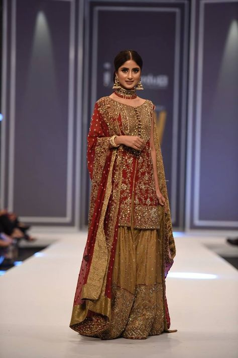 Goldrush Bridal Wear Collection By Mona Imran At FPW Winter Festive 2016 PK Vogue İslami Erkek Modası 2020
