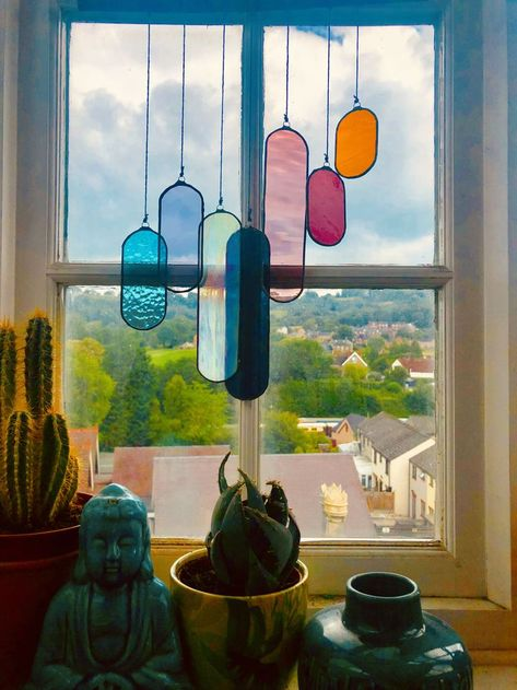 crafts ideas creative Formations sun catcher by Lumie.- crafts ideas creative Formations sun catcher by Lumie Glass crafts ideas creative Formations sun catcher by Lumie Glass - Home Crafts, Diy Home Decor, Cheap Home Decor, Ideas Vintage, My New Room, Stained Glass, Glass Art, Glass Room, Sweet Home