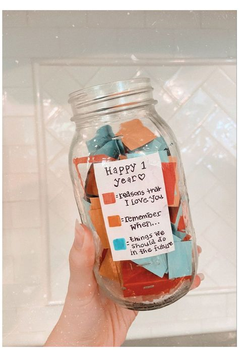 Diy Anniversary Gifts For Him, Birthday Gifts For Boyfriend Diy, Creative Gifts For Boyfriend, Cute Boyfriend Gifts, Cute Birthday Gift, Boyfriend Anniversary Gifts, Valentines Gifts For Boyfriend, 17th Birthday, Boyfriend Gift Basket