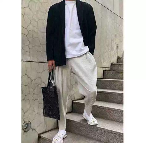 秋冬三宅宽松直筒休闲褶皱男女长裤显瘦ins超火jf150 Jf210神裤in 2021 Normcore Fashion Style