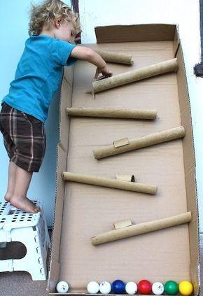 Vertikalnyj Labirint Dlya Sharov Kogda Oni Skatyvayutsya Po Zhelobkam Business For Kids Diy For Kids Kids Toys