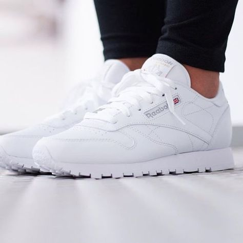 free shipping e98d9 d8b4f Reebok WMNS Classic Leather All White - 2232 | Chaussures in ...
