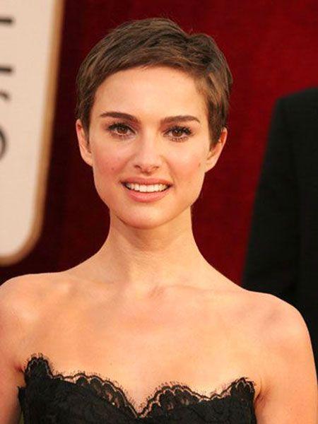 Frisuren 2020 Hochzeitsfrisuren Nageldesign 2020 Kurze Frisuren Haarschnitt Ideen Mandy Moore Kurze Haare Styling Kurzes Haar