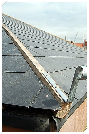 Does Your Roof Need Repairing Read This Guide In 2020 Diy Roofing Cool Roof Roof