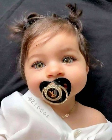 Best Solution for Family with Love! More than families worldwide trust our store. Cute Mixed Babies, Cute Little Baby, Cute Baby Girl, Pretty Baby, Little Babies, Baby Love, Baby Girls, Cute Babies, Beautiful Children