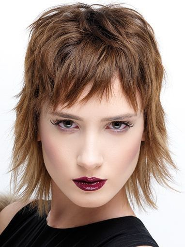 Frisuren Mittellang Stufig Fransig Kurze Haare Frauen Kurzhaarfrisuren Fransige Frisuren