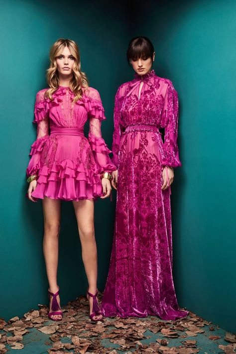 The complete Zuhair Murad Fall 2018 Ready-to-Wear fashion show now on Vogue Runw.