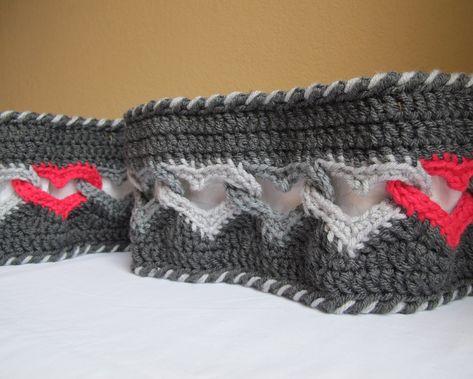 CROCHET PATTERN - Sweetheart Scarf - a linked heart scarf - infinity scarf/cowl. $5.00, via Etsy.