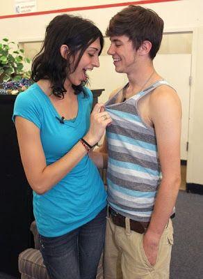 jeune couple transsexuel 2   Jeune couple transsexuel   transsexuel photo image homme femme Couple
