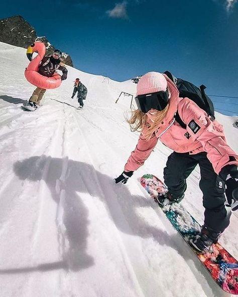 Ski Et Snowboard, Snowboard Girl, How To Snowboard, Ski Ski, Burton Snowboards, Kitesurfing, Mode Au Ski, Snowboarding Women, Snowboarding Style