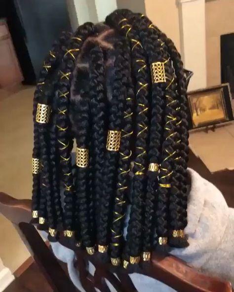 love the wraps and cuffs on these box braids. so queenly bigboxbraids #blondeboxbraids #jumboboxbraids #shortbraids #boxbraidsstyling #braidsforblackhair #twistbraids #twists #braidsbobstyle