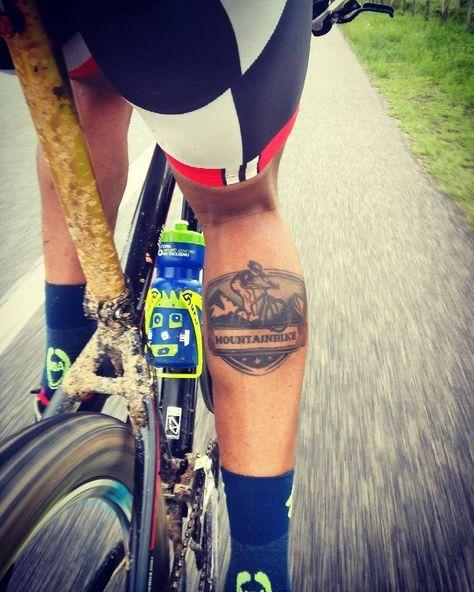 Ideia Por Juan Andres Em Tatoos 2 Tattoo Bike Tatuagem De