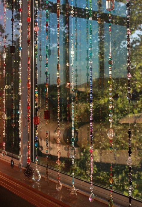 Glazen Kraal Gordijn Portière | Etsy Beaded Curtains, Hippie Curtains, Crochet Curtains, Indie Room, Room Ideas Bedroom, Diy Bedroom, Hippie Bedroom Decor, Trendy Bedroom, Aesthetic Room Decor