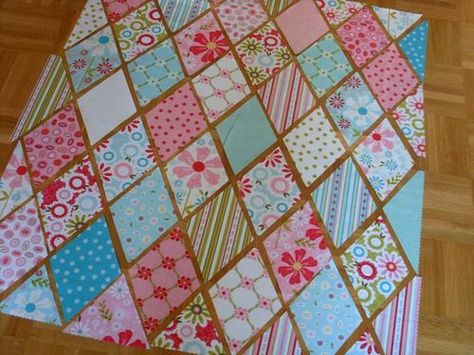 Great tutorial on a diamond quilt the quilted fish.typepad.com