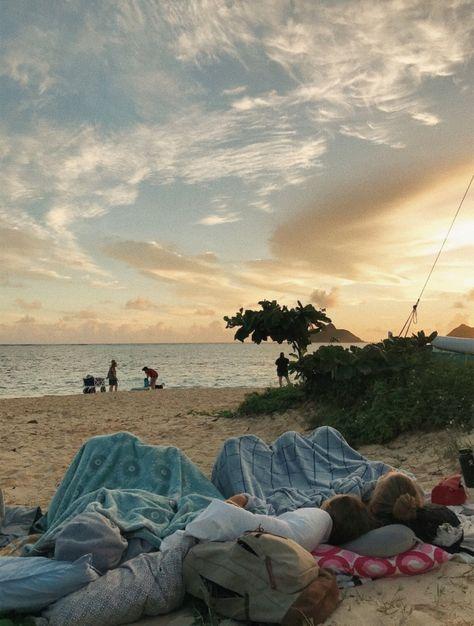 sleepovers on the beach - Sleepover 😴 Summer Feeling, Summer Vibes, Vibes Tumblr, Shotting Photo, Poses Photo, Good Vibe, Summer Goals, Summer Dream, Summer Baby