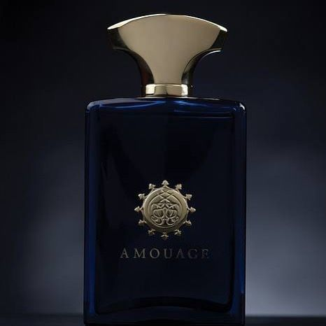 عطر انترلود مان للرجال يحتل هذا العطر مكانة كبيرة بين الرجال ويعتبر من افضل انواع العطور الرجالية فوحان وثبات عطر انترل Book Perfume Perfume Bottles Fragrance