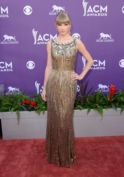 Taylor Swift In Dolce & Gabbana, 2013 - The Most Daring Dresses Ever Worn At The Academy Of Country Music Awards - Photos