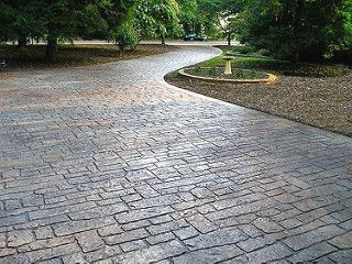 Stamped Concrete Driveway Ideas The Mirror Will Reflect Light And To The Room This Will Also Stamped Concrete Driveway Concrete Driveways Cobblestone Driveway