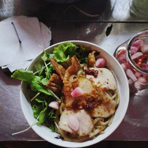 Try Street Food - Adventures You Should Have Before You Turn 30 - Photos