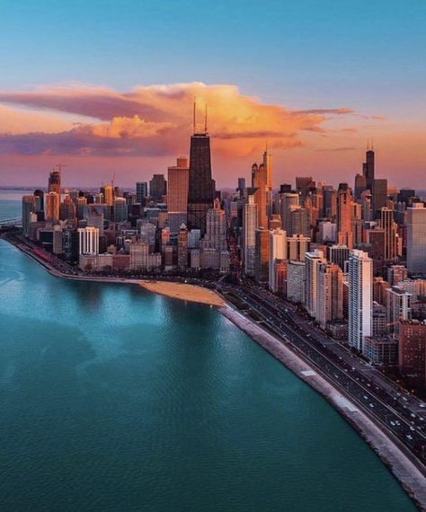 40 ideas for photography city lights nyc Chicago Travel, Chicago City, Chicago Skyline, New York Travel, Chicago Illinois, Chicago Usa, City Aesthetic, Travel Aesthetic, Chicago Photography
