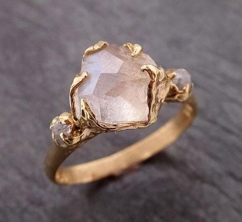Partially Faceted Moonstone rough diamond Gold Ring Gemstone Multi Stone recycled 1857 ring boho fashion for teens vintage wedding couple schmuck verlobung hochzeit ring Ring Set, Ring Verlobung, Leaf Ring, Unique Rings, Beautiful Rings, Diamond Bands, Diamond Cuts, Rough Diamond Rings, Non Diamond Wedding Rings