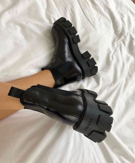 Dr Shoes, Hype Shoes, Sock Shoes, Me Too Shoes, Shoes Heels, Pumps, Prada Shoes, Shoes Men, Pump Shoes