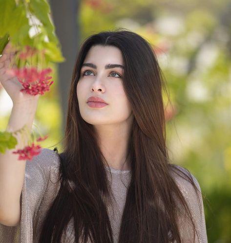 #Repost @rawan with @get_repost ・・・ Lost in @bulgarihotels 's secret garden ☘️.. .. #style #beautiful #bollywood #highfashionmodel…