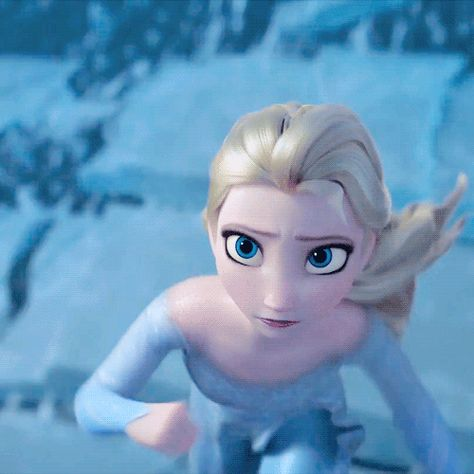 when Queen Elsa gets a total wipeout….