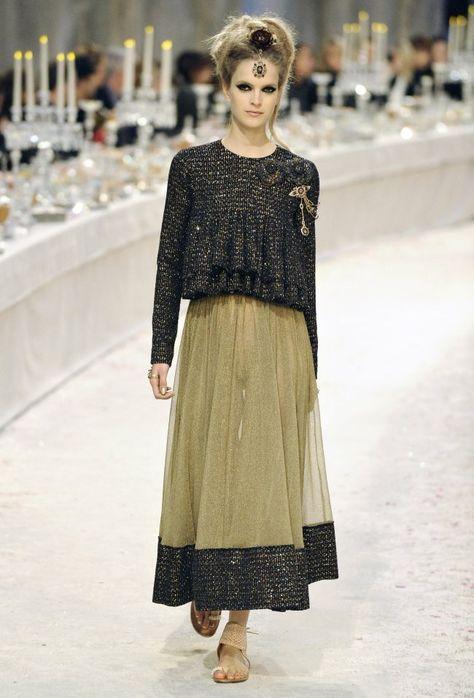 Chanel Parigi - Pre-Fall 2012 2013 - Shows - Vogue.