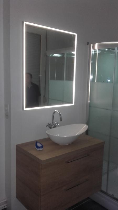 Miroir Avec Eclairage Integre L 75 X H 90 Cm Neo Leroy Merlin Leroymerlin Salle De Bain Miroir Lumineux Salle De Bains Miroir Avec Eclairage